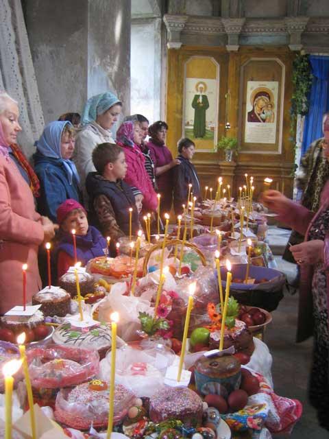 Первая служба, 28 июля 2012 г. Фото из архива Татьяны Сергеевны Мазовой,5 мая 2013 г