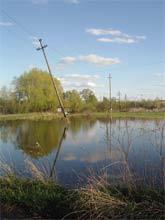 Море перед почтой. Село Грязное, весна 2005 г.