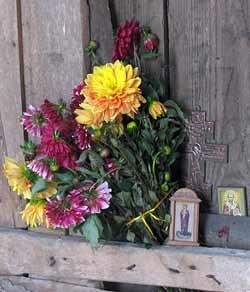 В Покровской церкви села Старое Киркино. Сентябрь 2012 г. Фото Йолли С.