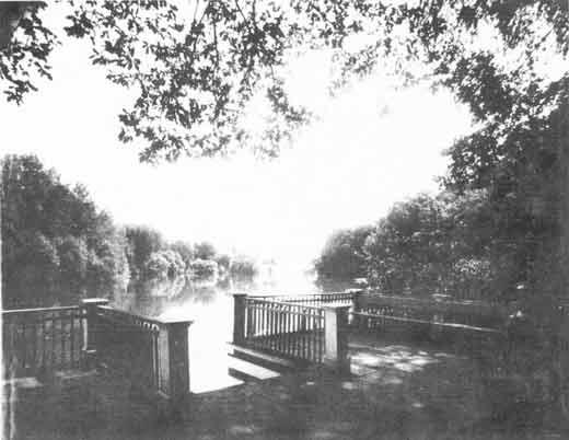 Пристань на пруду в усадьбе князей Гагариных Коровино. 1896 г.